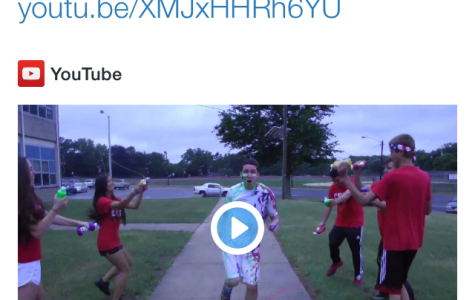 "Taylor Swift Tweets Out Her Love for CHS's ""Shake It Off"" Lip Dub"