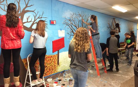 Art Club Creates Mural at New Albany School During WinterFest