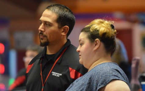 Bowling Team Off to Strong 9-2 Start, Eyes State Championship