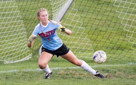 Girl's Soccer Off to a Sizzling 11-1-1 Start to 2017 Season