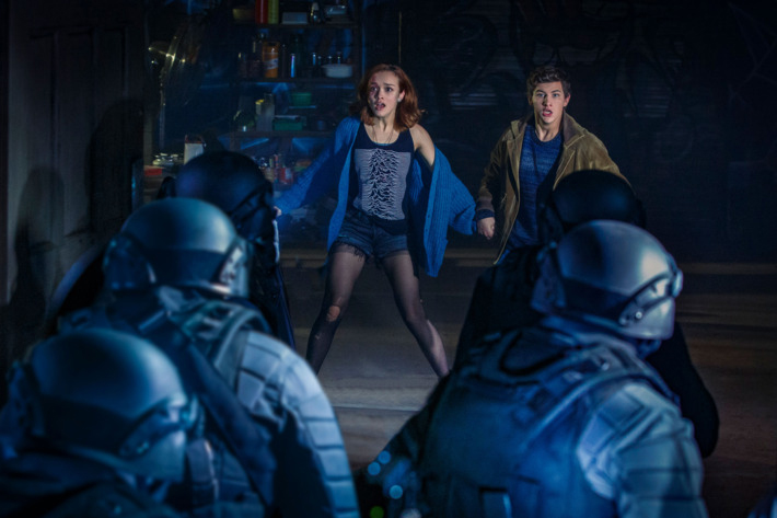 Art3mis and Parzival run from the soldiers of Nolan Sorrento and IOI in Ready Player One