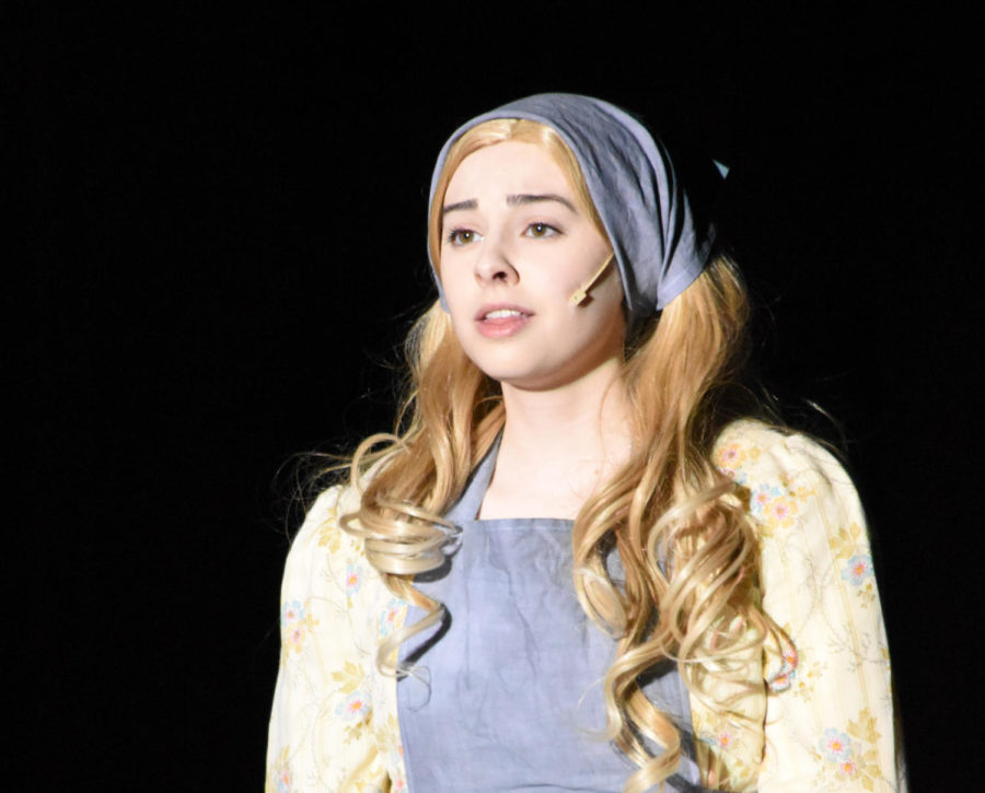 Eileen Yizzi -played the role of Fantine in Les Miserables