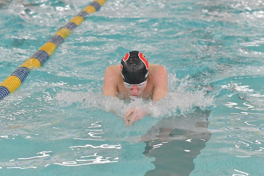 Pirates Swim Team off to a Strong Start